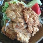 長野県中野市の大きな唐揚げ定食 「お食事処 山どり」